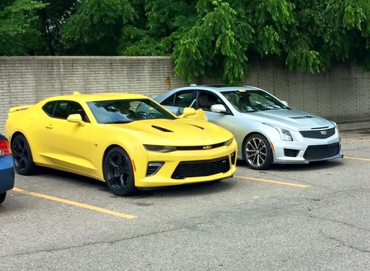 2016 chevy camaro ss models spotted out in the open w videos carscoops. Black Bedroom Furniture Sets. Home Design Ideas
