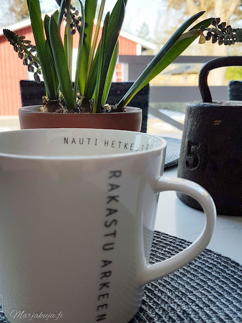 arki rakkaus kahvi kahvikuppi