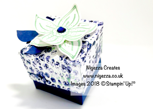 Tiny Cube Lidded Gift Box Using Stampin' Up!® Tranquil Textures & Pop Of Petals Nigezza Creates