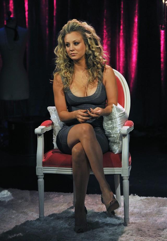 Rebecca romijn cumshot pussy