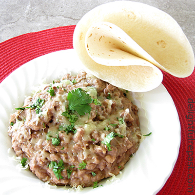 Slow-Cooker Pot of Pinto Beans - Refried Beans / www.delightfulrepast.com