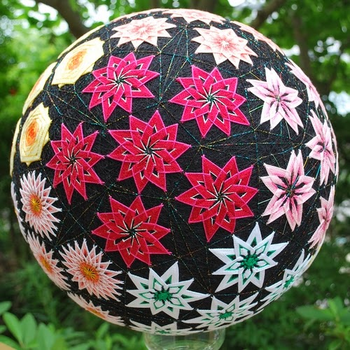 28-Embroidered-Temari-Spheres-Nana-Akua-www-designstack-co