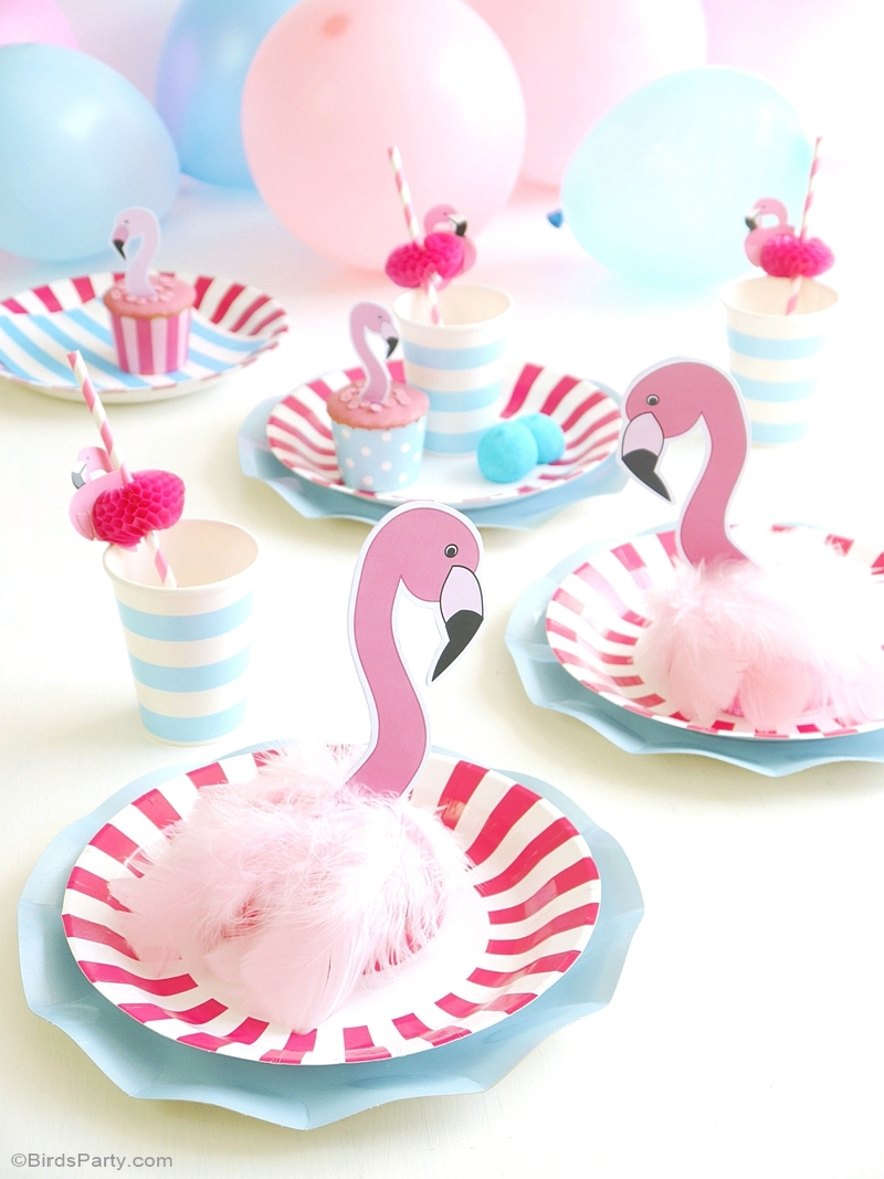 Flamingo Pool Party Birthday Table Decorations - BirdsParty.com