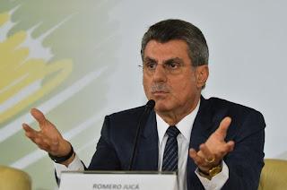 Romero Jucá vai se licenciar do cargo a partir de amanhã (24) até o Ministério Público Federal se manifestar sobre as denúncias contra ele.