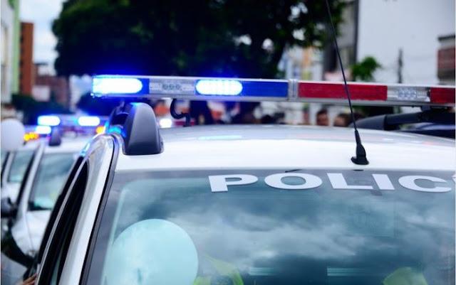 Αστυνομικοί εμπλέκονται σε συμμορία «νονών» της νύχτας