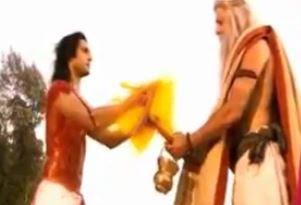 Sinopsis Mahabharata Episode 162 - Karna Memberikan Senjata Andalannya Kepada Dewa Indra