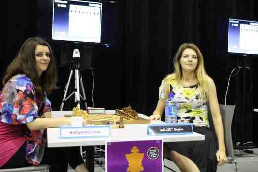Duel de la ronde 1 dans la National féminin avec Nino Maisuradze et Sophie Milliet - Photo © Chess & Strategy