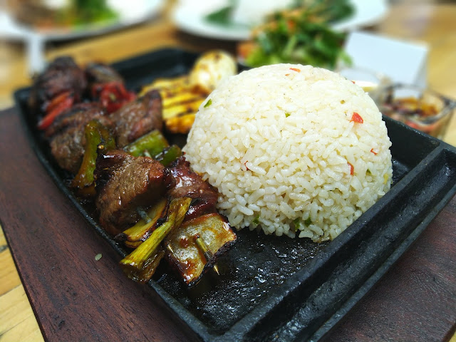 Beef tenderloin satay
