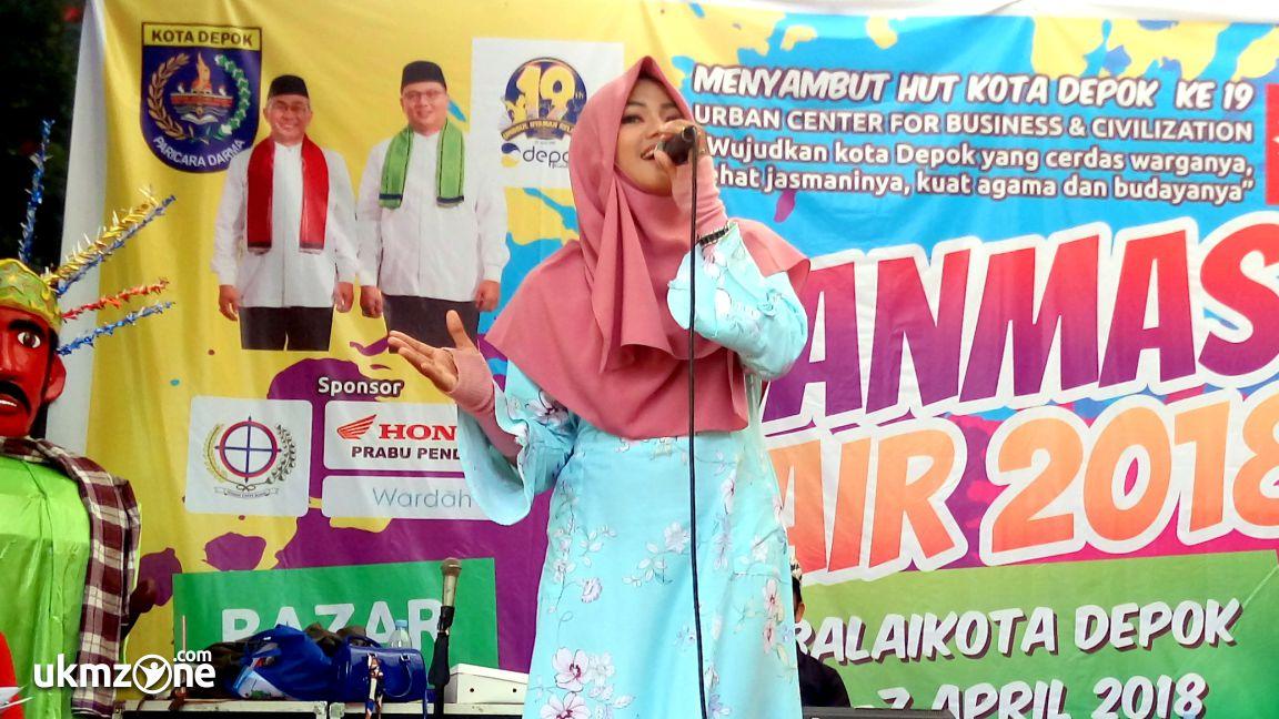 Naura Nay mengisi acara di event PANMAS FAIR 2018