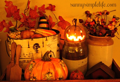 country tin bucket, pumpkin decor