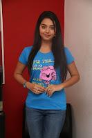 HeyAndhra Actress Vidya Latest Photos in Jeans HeyAndhra.com