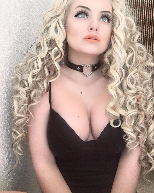 https://www.everydaywigs.com/24-mix-color-long-curly-synthetic-lace-front-wig-edw292-p-1292.html