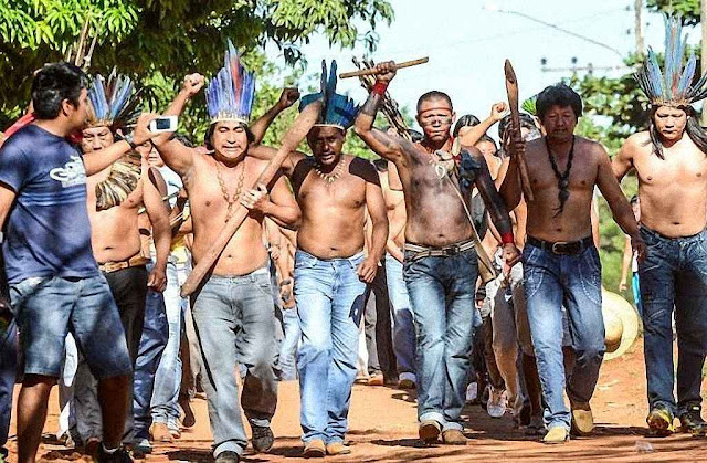 Invasão de fazenda em Mato Grosso do Sul.