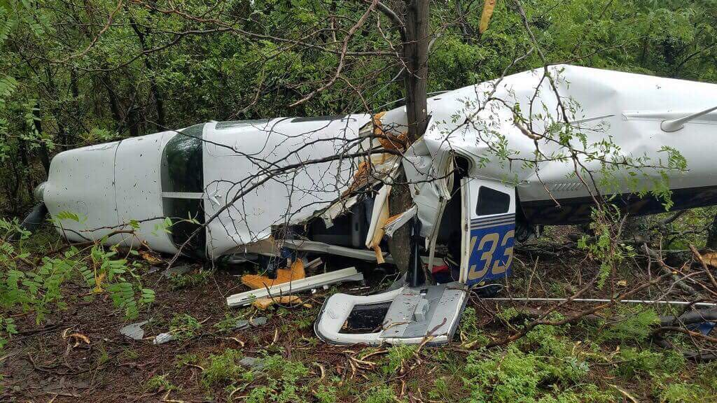 Kathryn's Report: Loss of Engine Power (Total): Piper PA-32