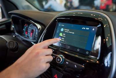 115333_androidauto Galaxy S5 Already Can Control Car Apps