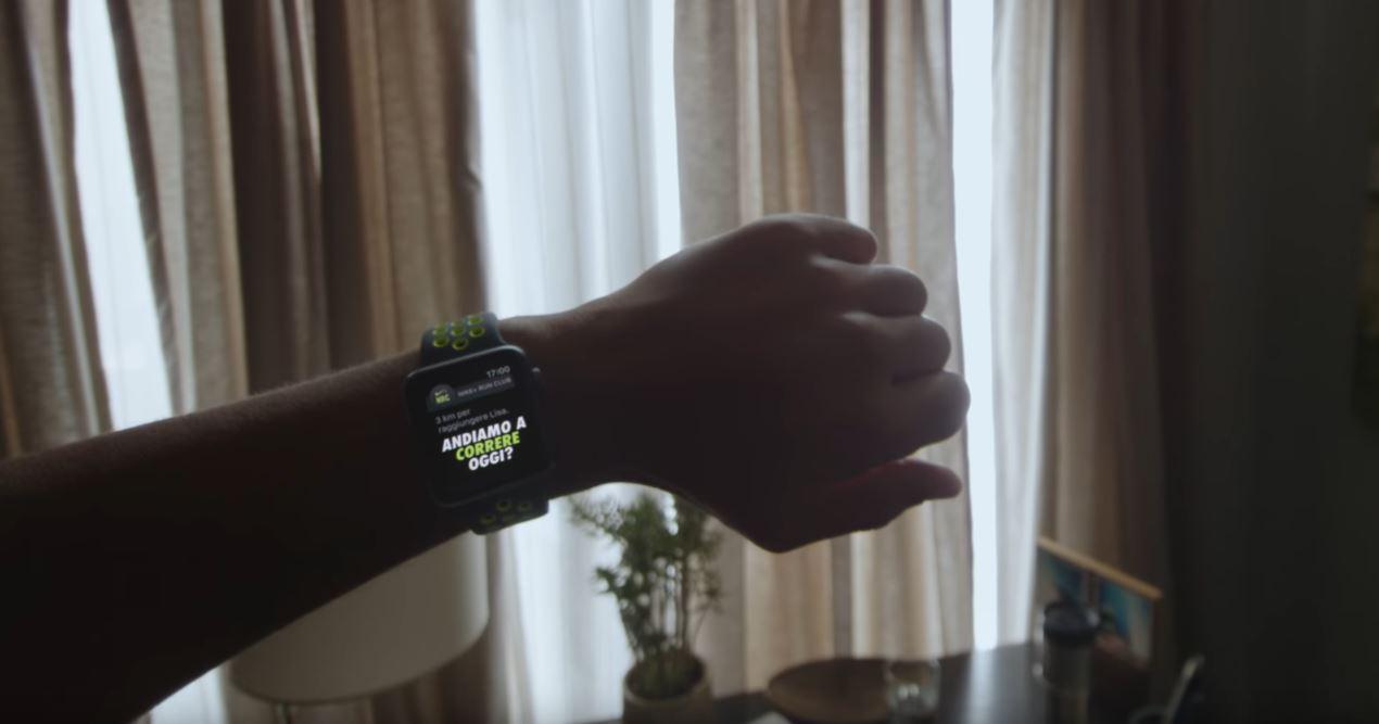 Canzone Apple pubblicità Watch 2 cinturino forato verde - Corri: andiamo a correre oggi?