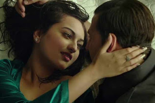 sonakshi sinha hot kiss - photo #7