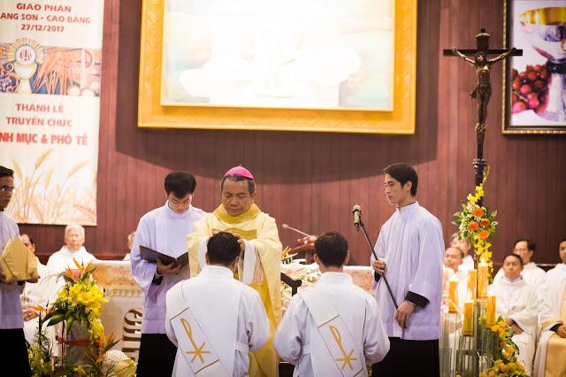 Lễ truyền chức Phó tế và Linh mục tại Giáo phận Lạng Sơn Cao Bằng 27.12.2017 - Ảnh minh hoạ 164