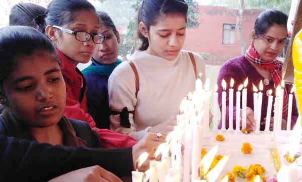 Govt. Women's College, Faridabad removes candel march for tributes to martyrs
