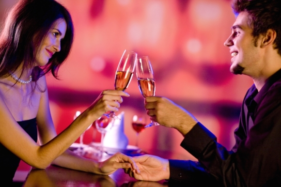 Romantic Valentine day couple image pic download