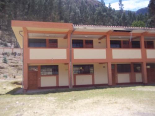 Colegio CESAR ABRAHAM VALLEJO MENDOZA - Sabaino