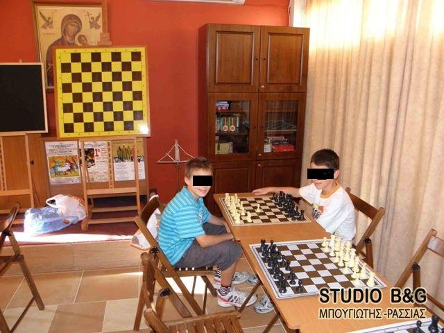 Ήρθαν σε συνεννόηση σκακιστές και συμβούλιο στις Εργατικές κατοικίες