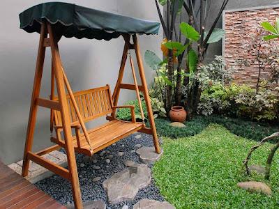 kursi ayunan - taman rumah minimalis untuk tempat santai