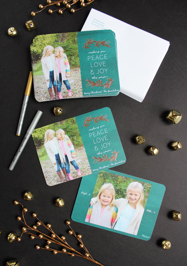 It's Black Friday, friends! I sure hope you all had a wonderful Thanksgiving. While I'm not big on heading out to the stores today, I do love to do some online gift shopping over the long weekend. It's also a great chance to order holiday cards and my friends at Mixbook have a deal I didn't want you to miss.