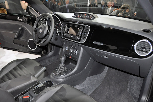 2012 Volkswagen Beetle silhouette New Tv Premiere video ...
