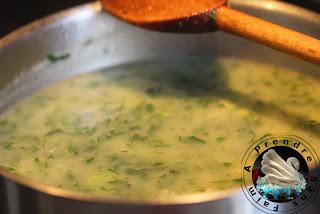 Soupe portugaise «Caldo verde» au chorizo