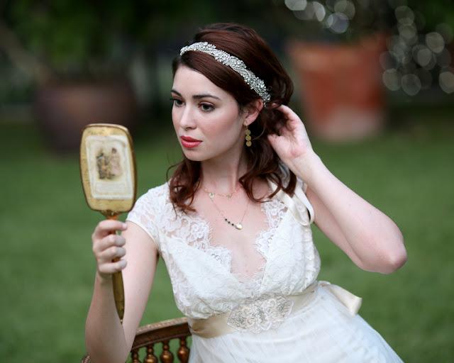 bride+groom+peter+pan+themed+neverland+wedding+tinker+bell+fairytale+princess+wendy+darling+captain+hook+fairy+dust+green+rustic+andy+sams+photography+25 - Neverland