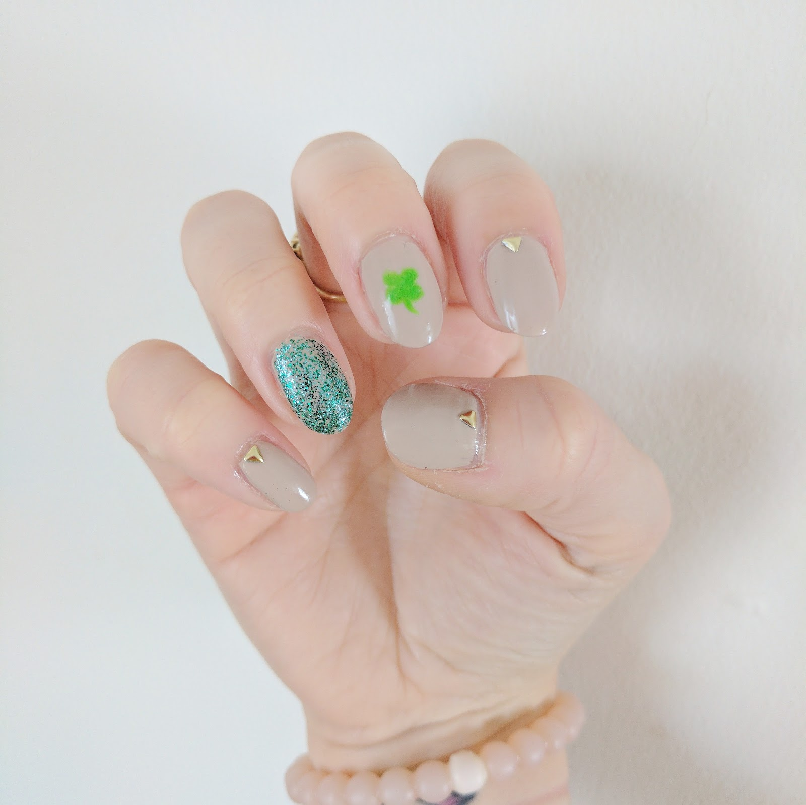 Subtle St. Patrick\'s Day Nails - Jersey Girl, Texan Heart