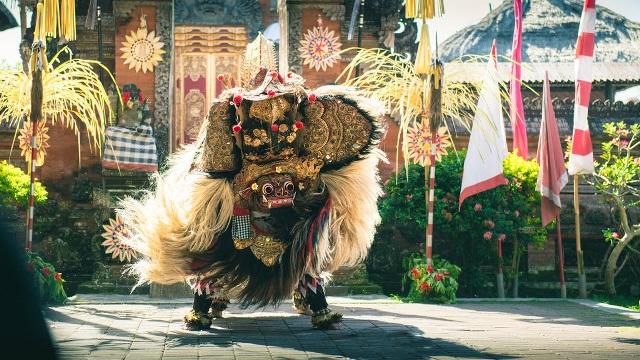 Desa Batu Bulan Bali