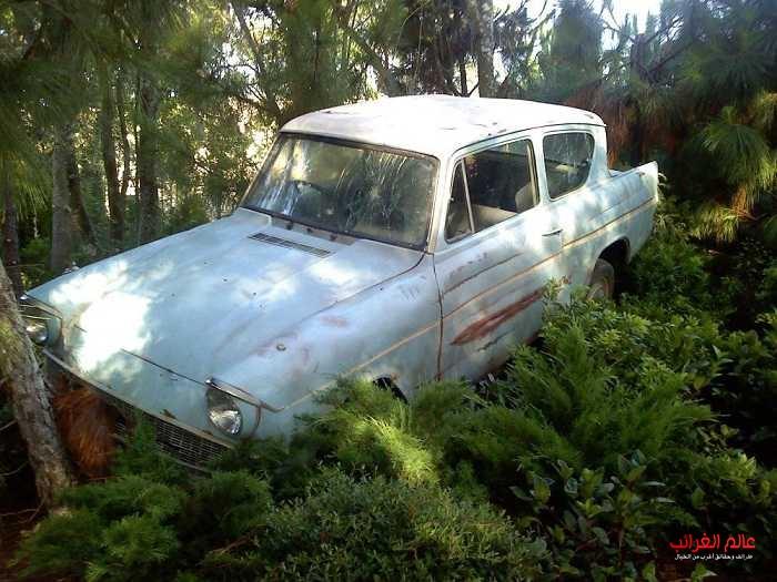 نتيجة بحث الصور عن تعرضت إحدى أشهر السيارات المستخدمة في الفيلم للسرقة هاري بوتر