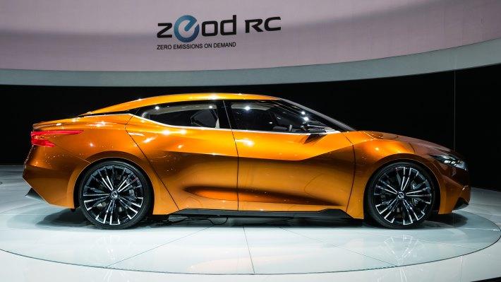 Wallpaper 2: New York Auto Show. Nissan Sport Sedan Concept