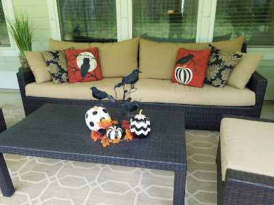 Halloween pillows, diy painted outdoor pillows