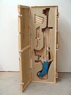 rifle hecho con madera