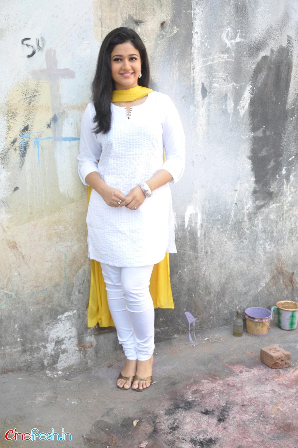 Saree Wali Girl Wallpaper Actress Poonam Bajwa Hot Sexy Wet Cute Spicy Unseen Rare