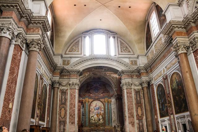 Interior da Basilica Santa Maria degli Angeli e dei Martiri