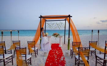 Wallpaper: Wedding ceremony at Krystal Cancun