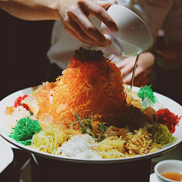 Lobster Yusheng with Bird Nest