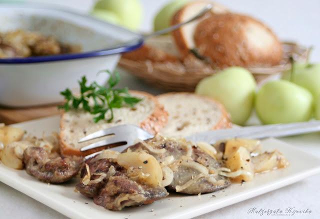 drobiowa wątróbka, obiad, podroby, z jabłkami, daylicooking, Małgorzata Kijowska
