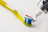 clean-mouth-teeth-dentist-