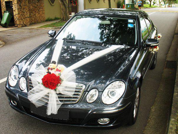 dekorasi mobil pengantin warna hitam
