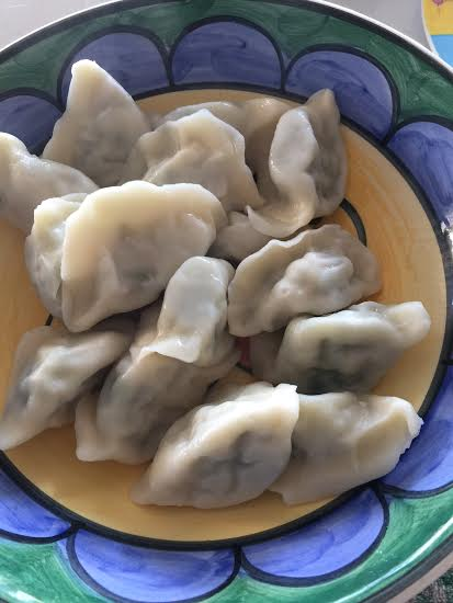 steamed vegetarian dumplings;  mums dumplings