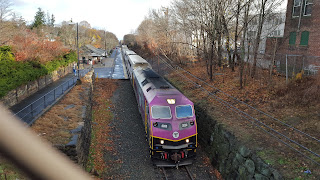 MBTA commuter rail train at Franklin Dean station