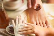 Tips Lulur Praktis dengan Bahan yang Ada di Rumah