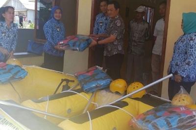 Pemprov Lampung Berikan Bantuan Kepada BUMDes Batu Menyan Wisata