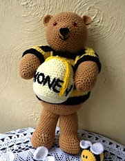 http://www.ravelry.com/patterns/library/big-honey-bear