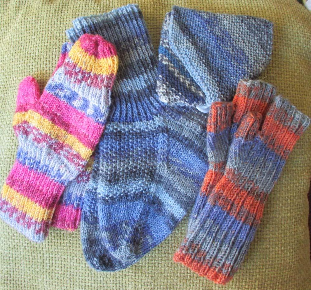 BeadBag: Free Knitting Pattern - Fingerless Mitts
